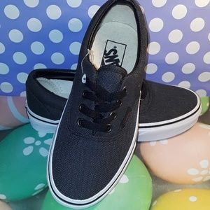 VANS shoes for Man US size 4 New Read